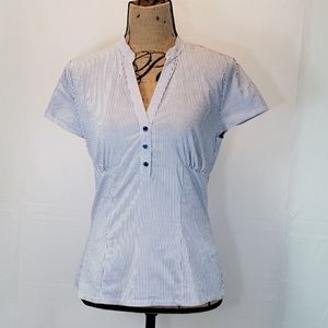 H&M Striped quarter button up fitted blouse